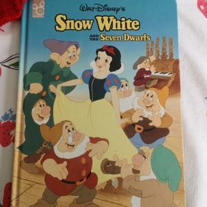 Snow White and the Seven Dwarves Book